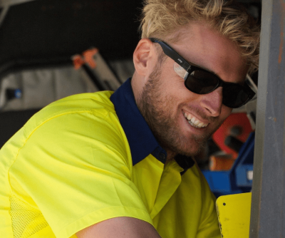 Tradie wearing Safestyle product